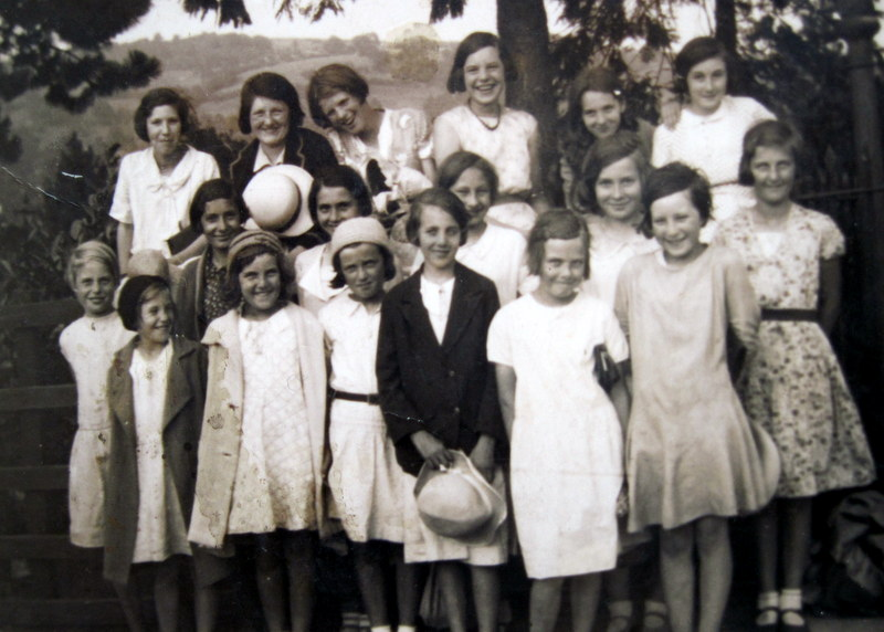 Wickhamford Sunday School outing, about 1934.