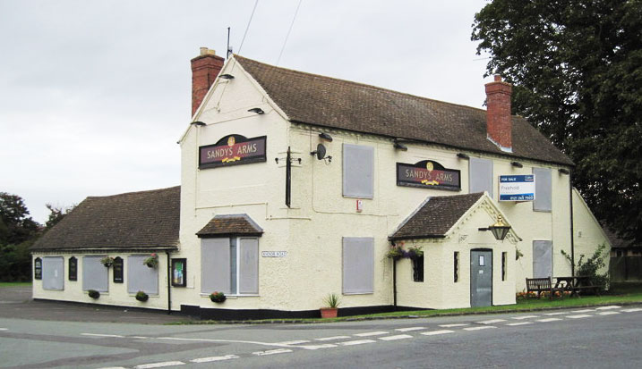 Pub boarded up in September 2012