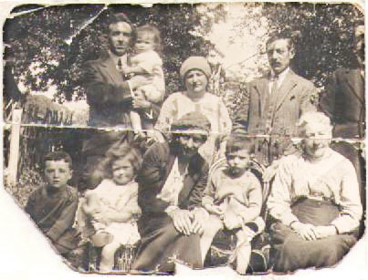 Pethard family about 1923