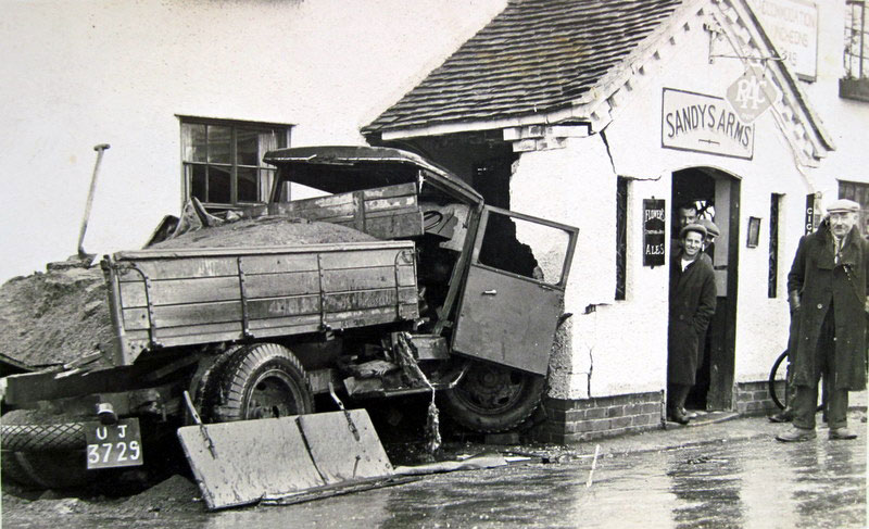 An accident at the Sandys Arms, probably in 1936