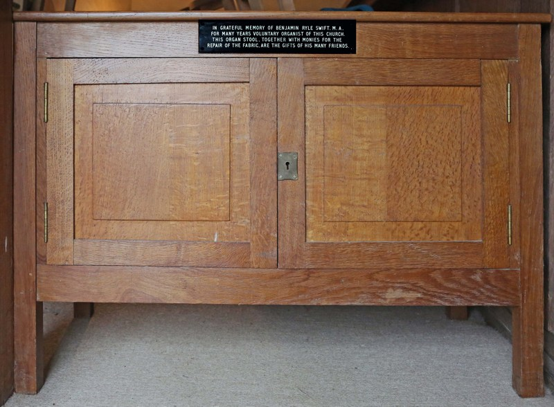The organ stool presented to St John the Baptist Church, Wickhamford in memory of Benjamin Ryle Swift