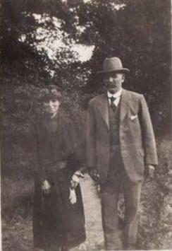 Gardener William Skene Ross and his wife, Annie, in 1925.  This was the year of his accidental death.