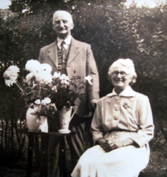 Thomas Smart Phillipps and his wife, Annie Margaret nee Turner.