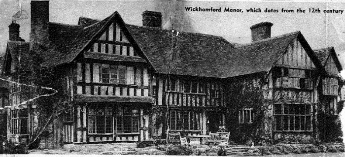 A postcard of Wickhamford Manor from the Pope family archive.