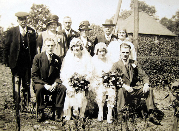 The double wedding of Lizzie and Kate Robbins in the early Summer of 1931