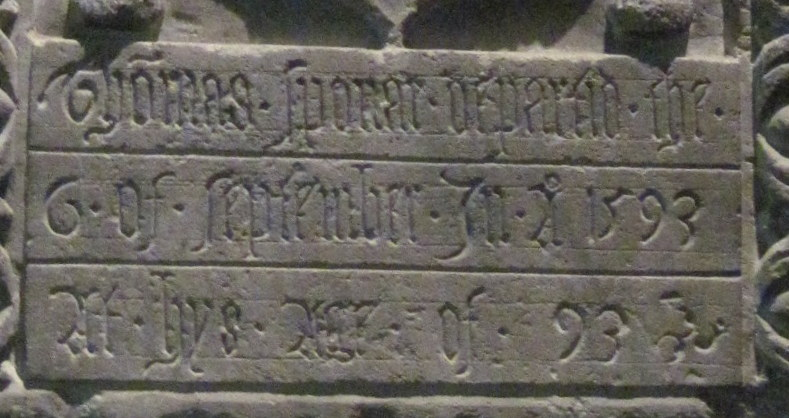 "Inscription: ""Thomas Sponar departed the 6 of September in AD 1593 at hys age of 93"""