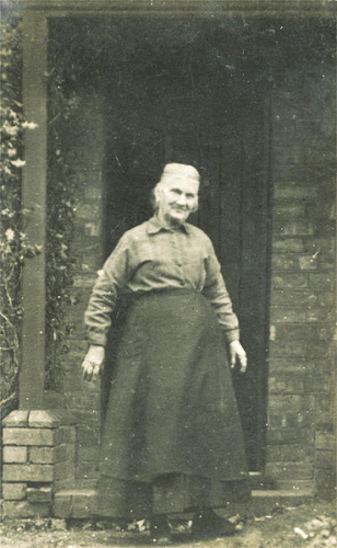 Diana Walters (nee White) outside of 8 Manor Road