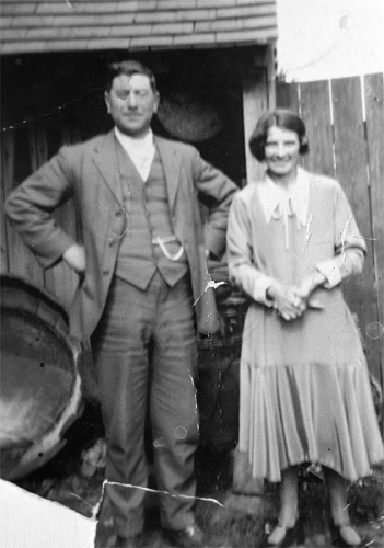 Bill (Robert William) Walters and wife Elsie (nee Such) in the back garden of their house in Manor Road