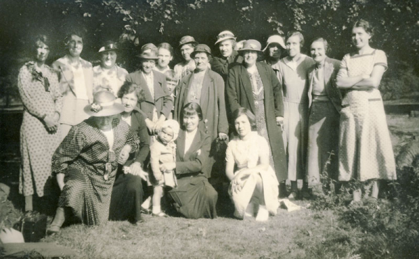 This picture is of an outing to Bournemouth of Wickhamford ladies in 1934 (the child in the front is Mary Ockwell, b. 1933) and they are probably from the village branch of the Mother's Union.