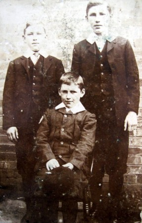 The three sons of John and Elizabeth Mason of Manor Road - Tom, George and Bill. This picture was taken in about 1901.