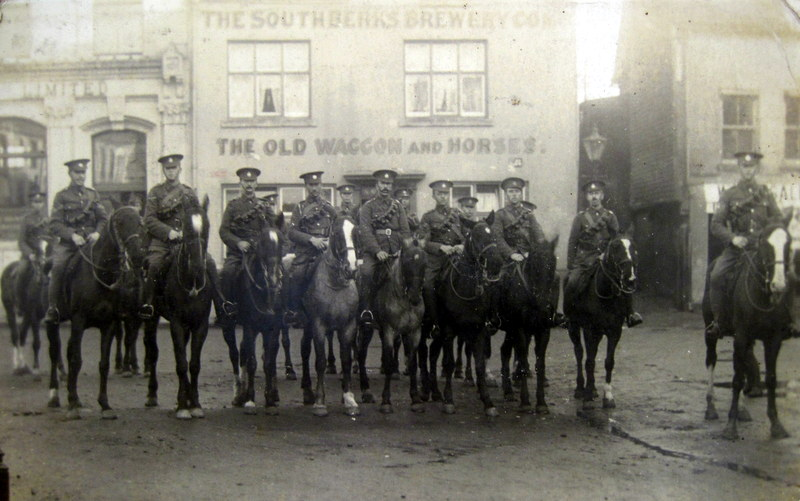 This picture, of men of the 1st Worcestershire Yeomanry, was taken in Newbury in November 1914. George Mason is amongst the riders but has not been identified.