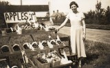 1930s Wickhamford fruit stall