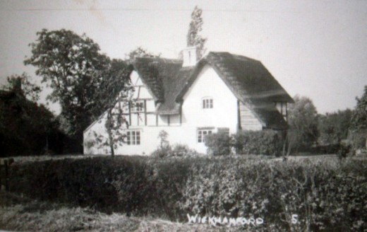 Elm Cottages